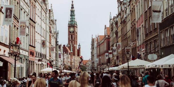 Advantages and Disadvantages of Studying in Poland