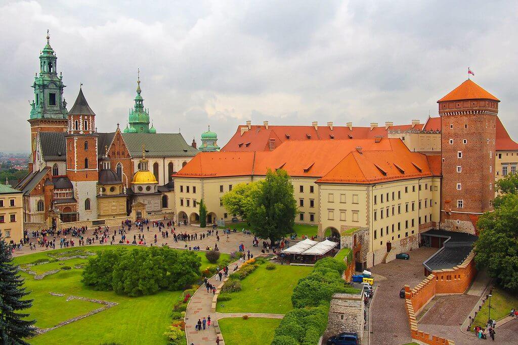 Tourist Attractions in Poland: Wawel Castle, Krakow