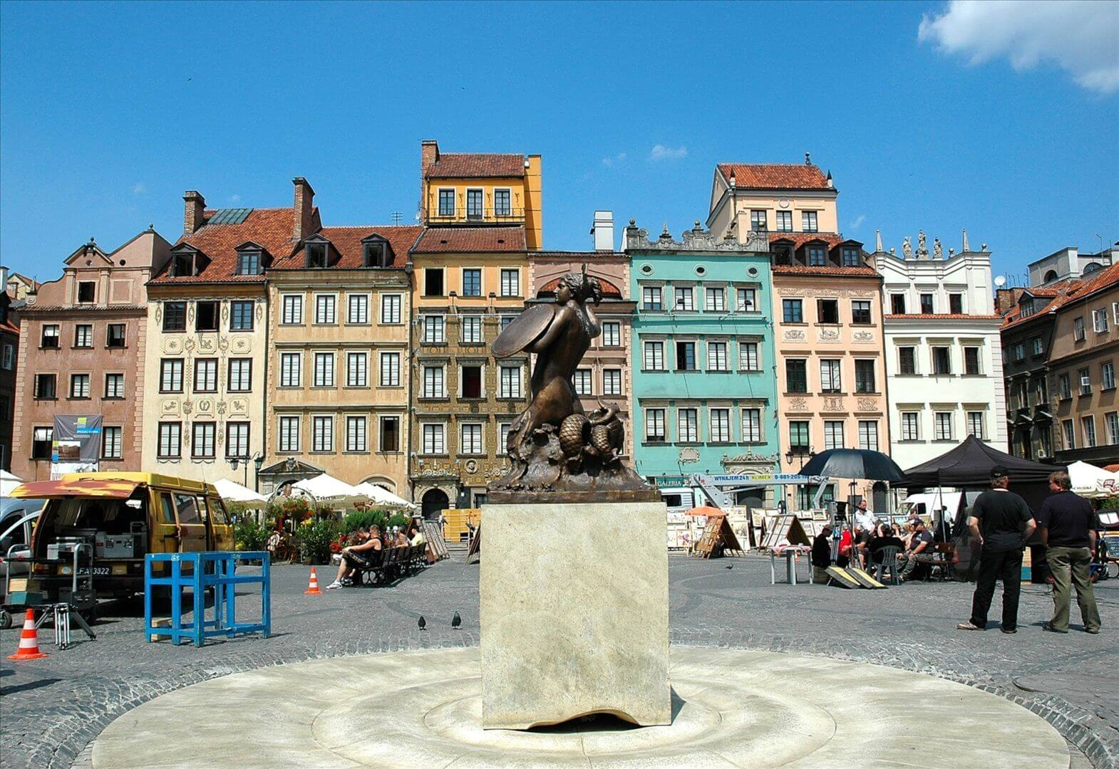 Tourist Attractions in Poland: Warsaw Old Town Market Place